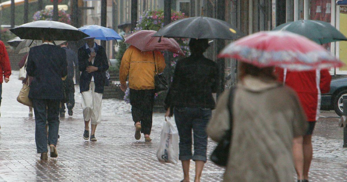 Завтра в Эстонии станет чуть прохладнее, возможны дожди