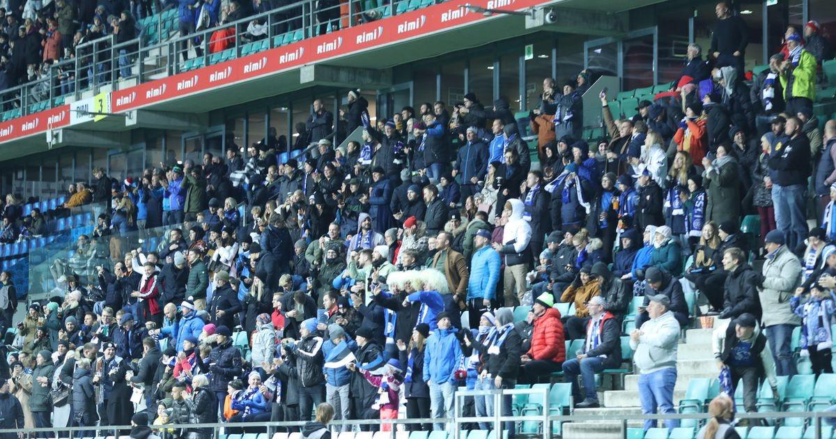 «Нас попросили раздеться»: болельщики сборной Беларуси возмущены поведением эстонских футбольных властей
