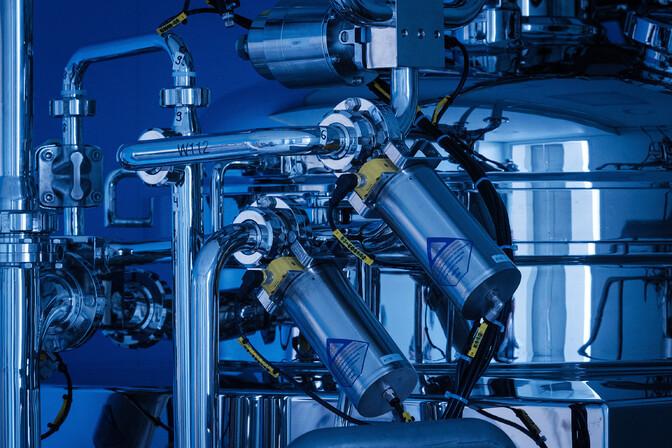 Выпуск промышленной продукции в апреле подскочил на 17%