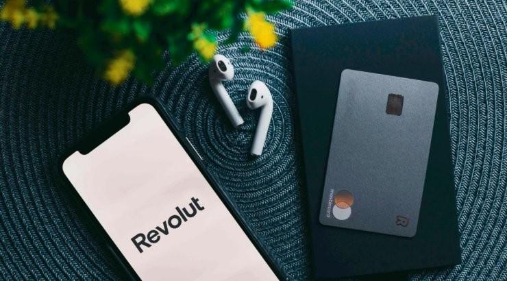 Revolut начал предлагать банковские услуги клиентам в Эстонии