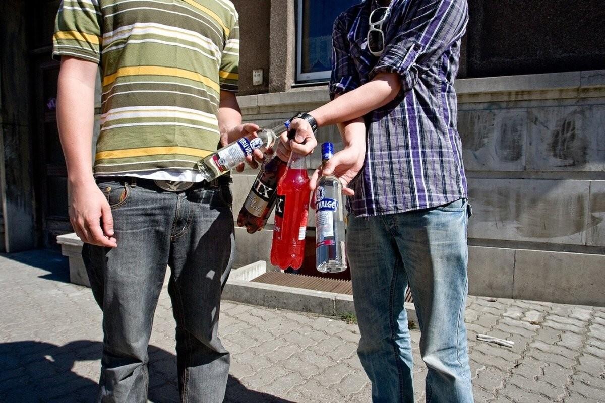 Полицейская проверка в Пярну: в трех магазинах продали алкоголь несовершеннолетним