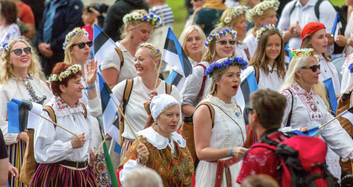 Жизнь в Эстонии налаживается: власти приняли принципиальные решения