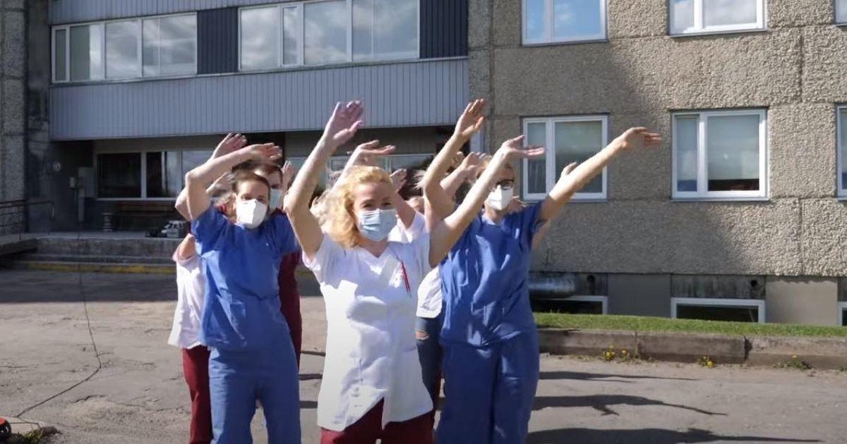 Сотрудники эстонской больницы станцевали в поддержку работников передовой