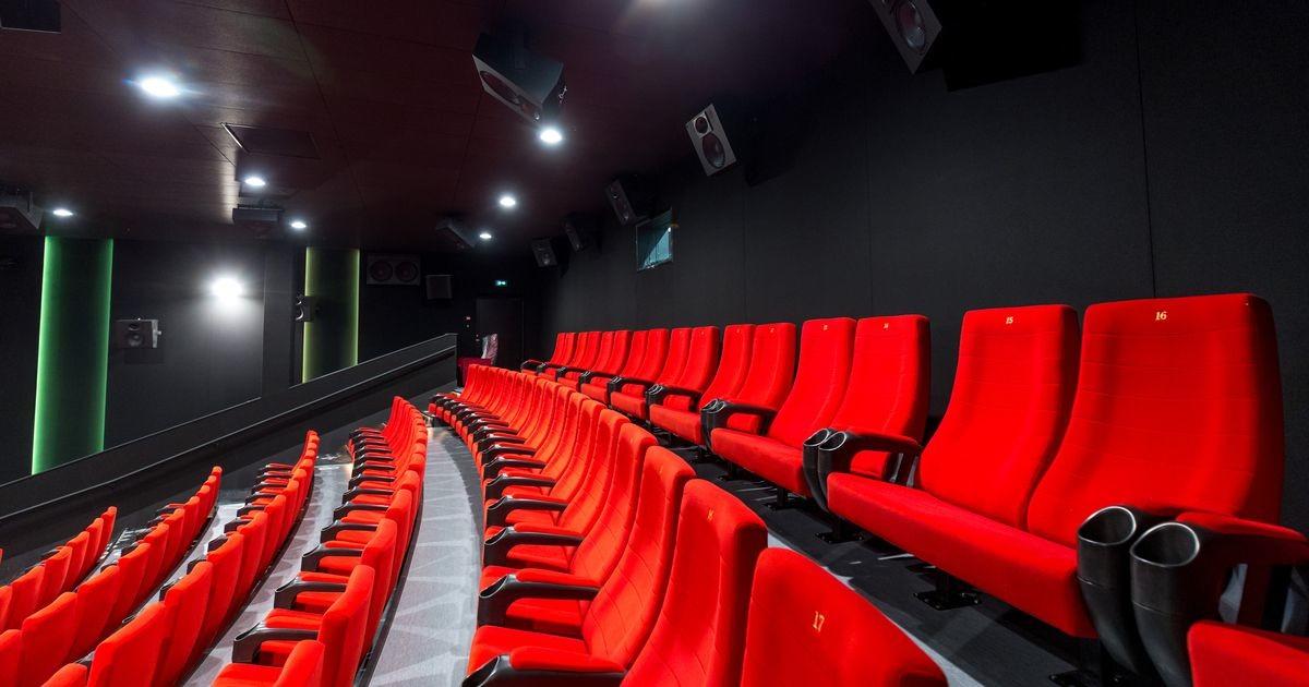 Театры и кинотеатры откроются 24 мая