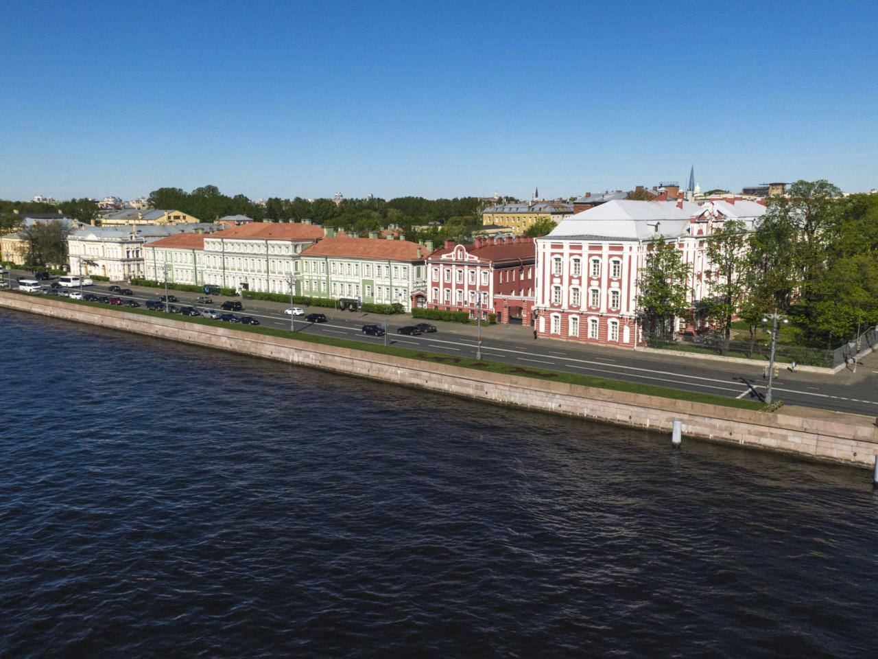СПбГУ начинает приём документов уиностранных граждан