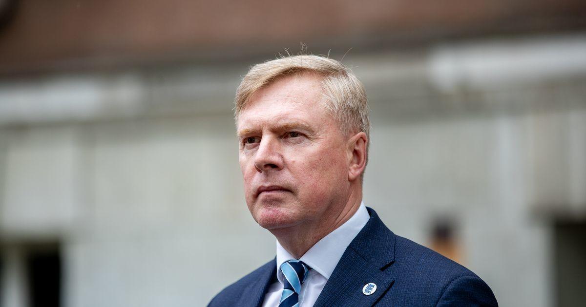 """EKRE и """"Отечество"""" инициируют вотум недоверия министру обороны Калле Лаанету"""