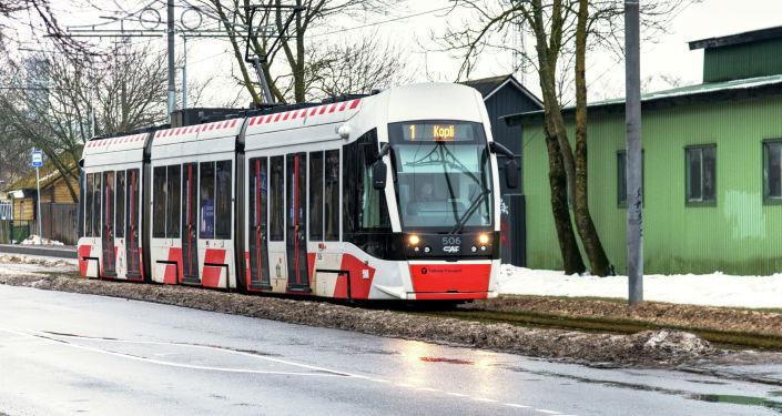 Поезд vs. трамвай: чем удобней будет добраться в Таллине из Ласнамяэ до Копли
