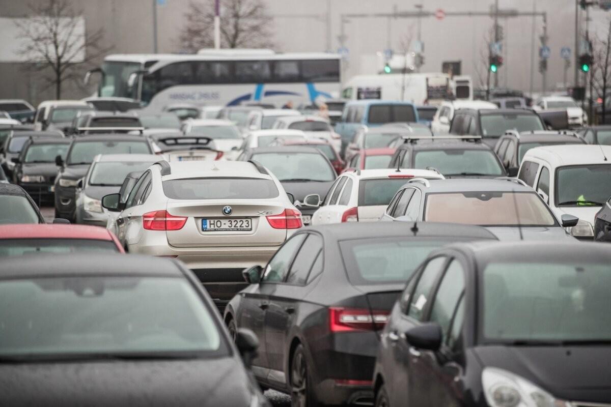 Статистика: целая треть аварий в Эстонии случается при движении задним ходом