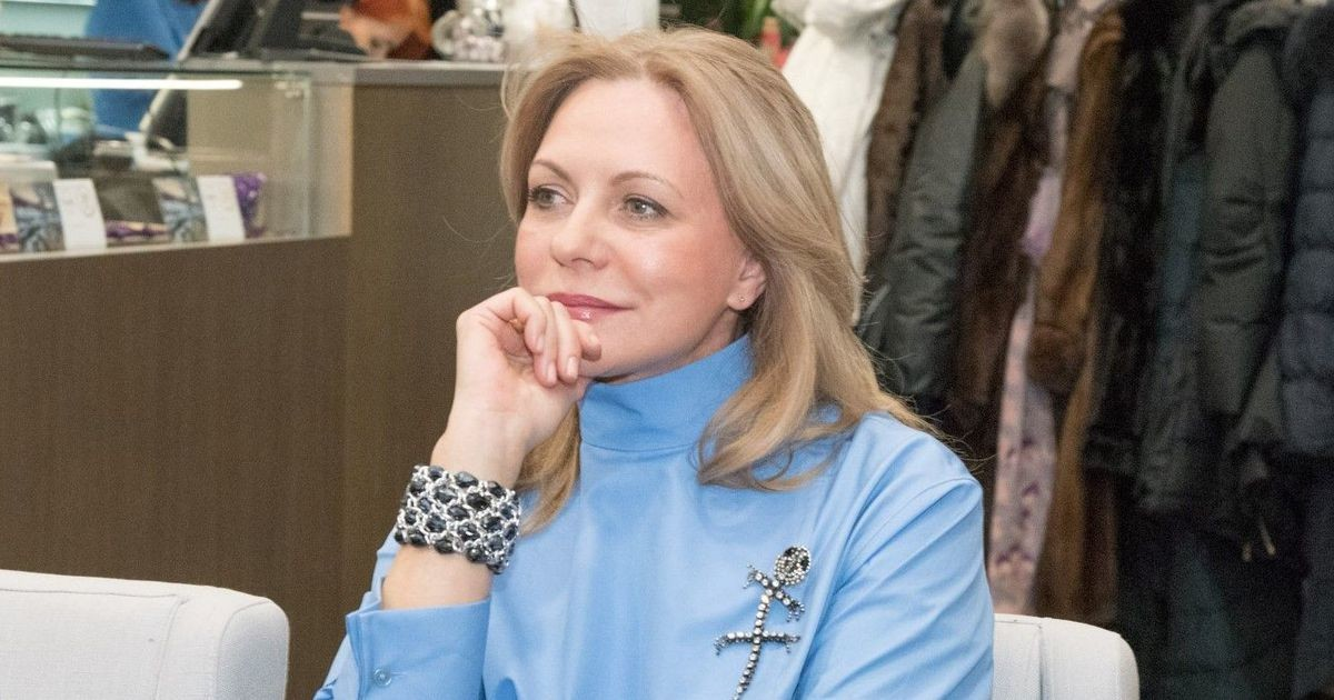 Популярную актрису Русского театра оставили в труппе: заступились коллеги и зрители