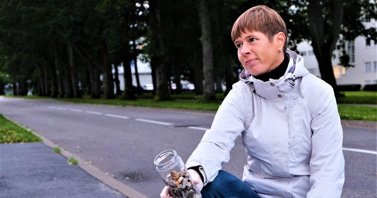 Фотоновость: собирающая окурки президент Эстонии Керсти Кальюлайд поразила весь мир