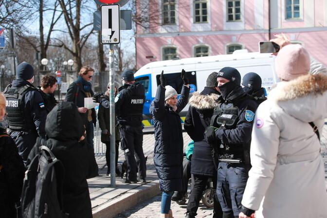 Эксперты: ситуация вокруг протестов на Тоомпеа в любой момент может выйти из-под контроля