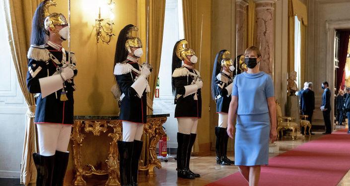 """Саммит в Риме: зачем глава Эстонии вступила в """"клуб"""" президентов, не имеющих власти"""