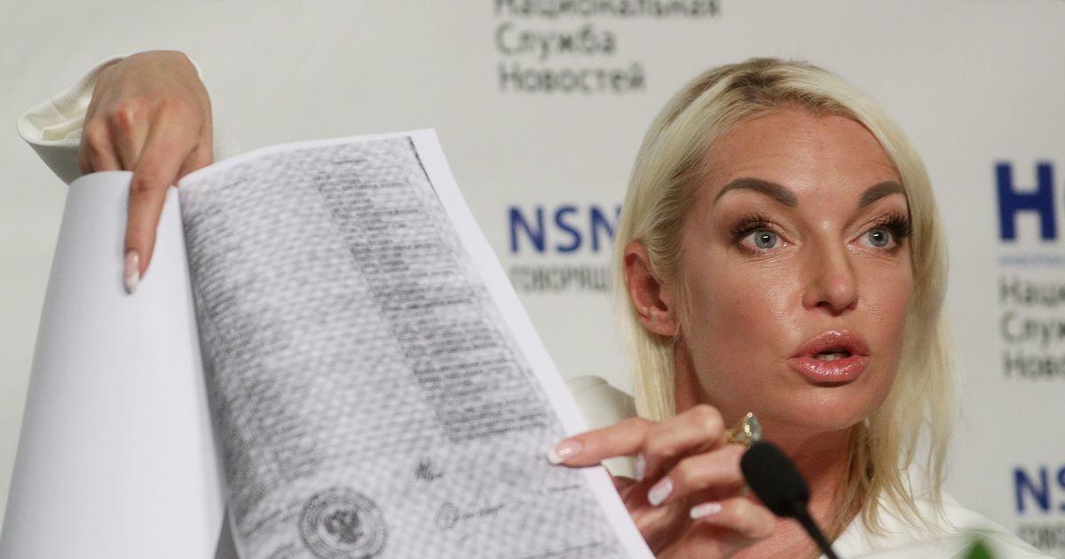 Анастасия Волочкова проиграла суд Большому театру. Балерина требовала более ста тысяч евро