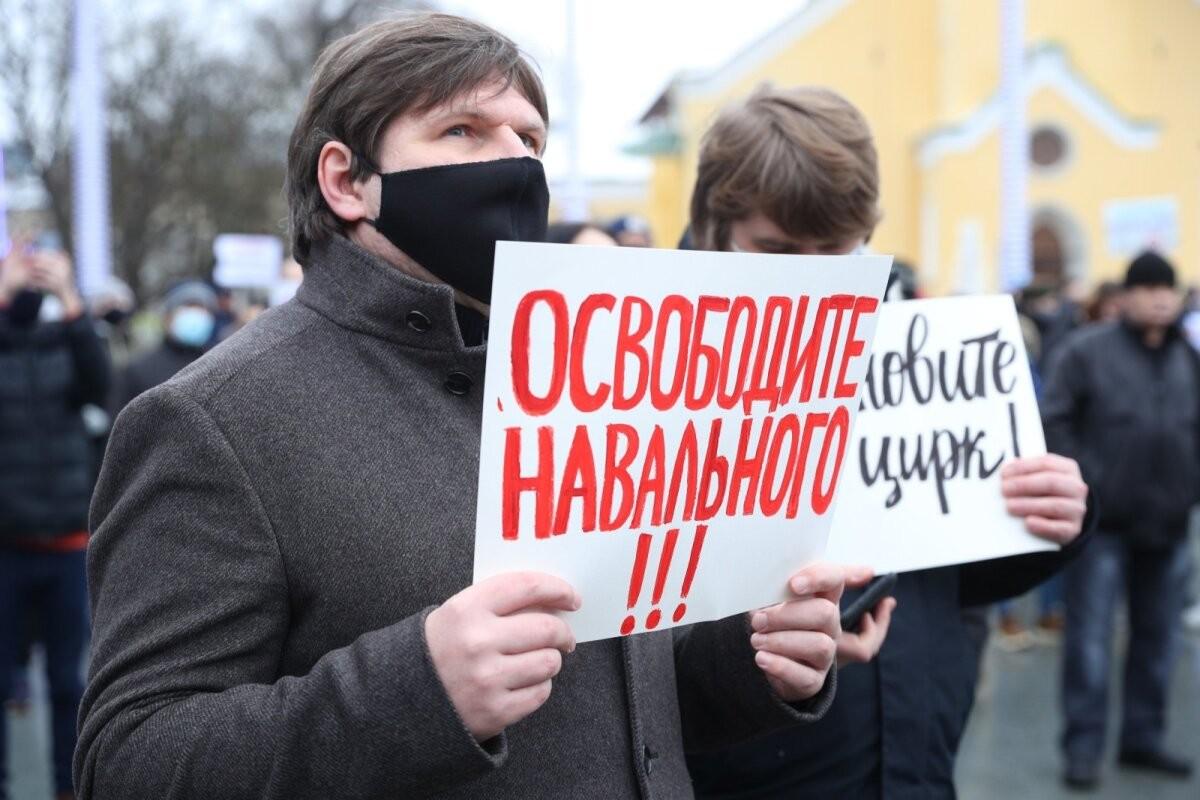"""Врач Навального рассказал о """"катастрофическом состоянии"""" оппозиционера"""