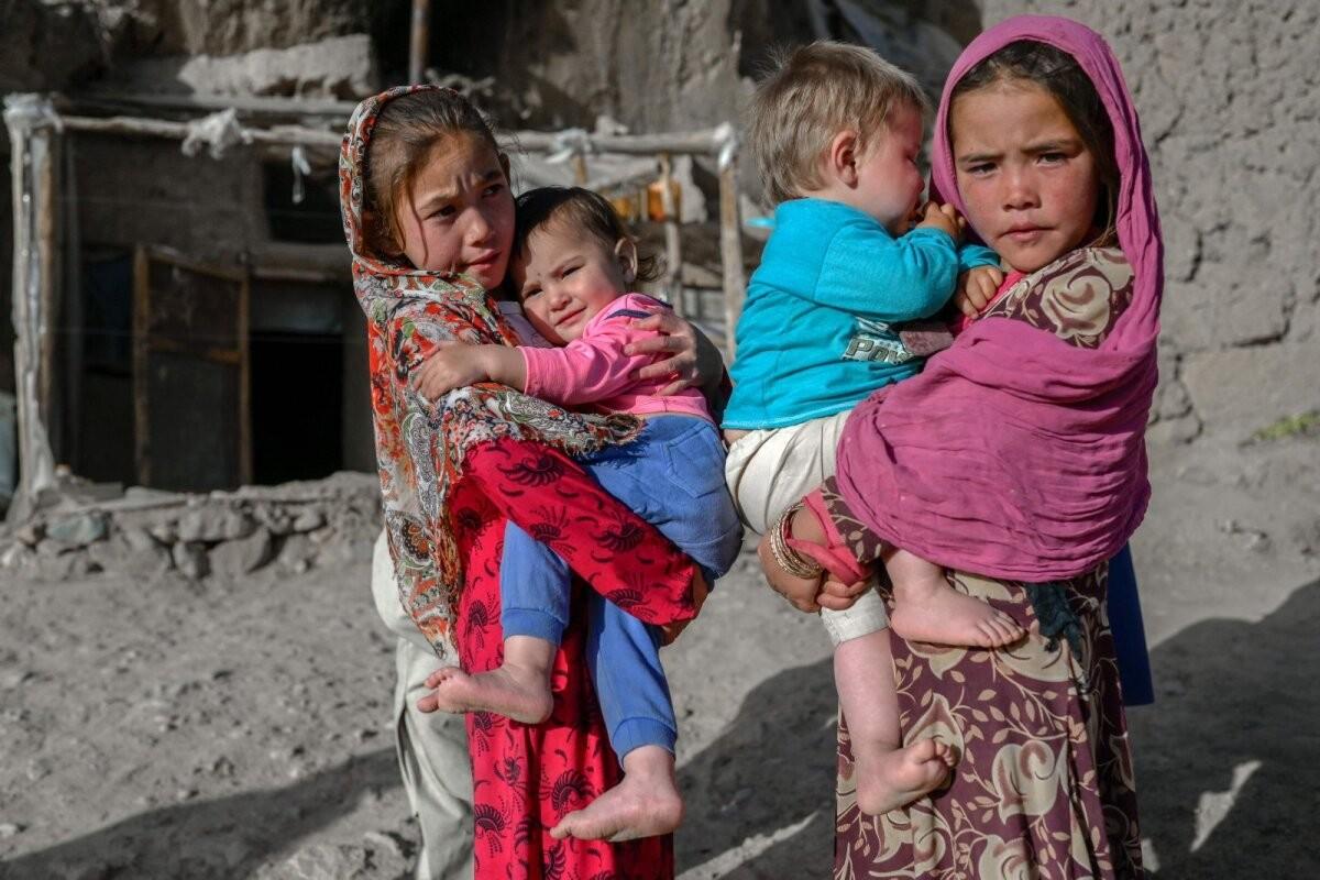 В Афганистане миллиону детей угрожает смерть от голода