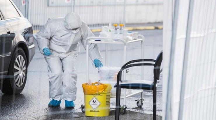 ГРАФИК   За сутки коронавирус в Эстонии диагностировали у 1069 человек