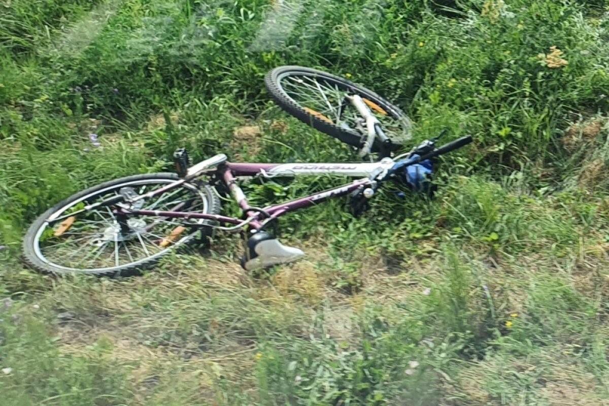 В Тарту под колесами поезда погибла 21-летняя велосипедистка