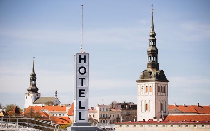 В апреле этого года у отелей было значительно больше посетителей