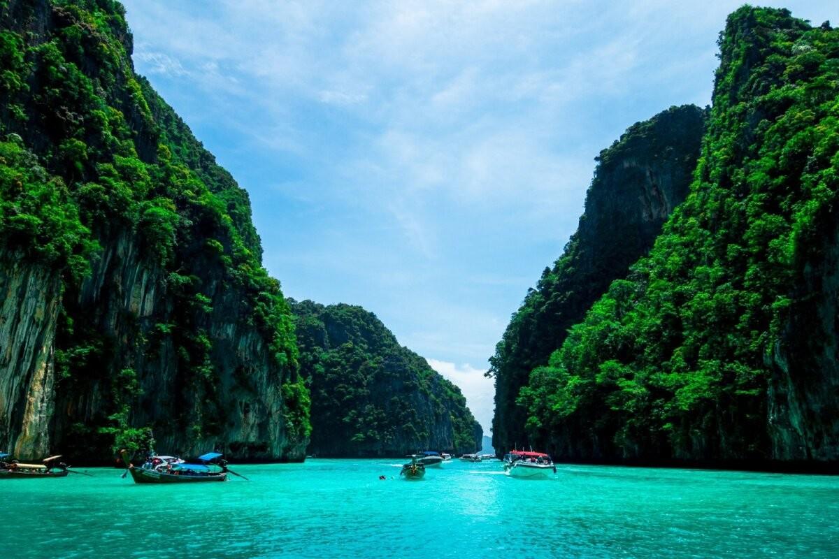 Таиланд сокращает карантин для приезжих