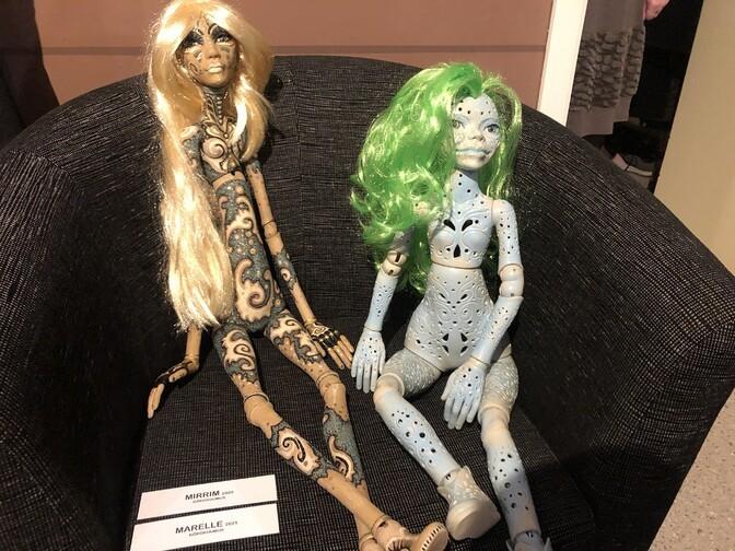 На выставке в Хаапсалу можно увидеть героев фэнтези в виде керамических кукол и графики