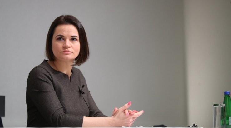 Тихановская в Таллинне сообщила, что политзаключенных в Беларуси специально заражают COVID-19