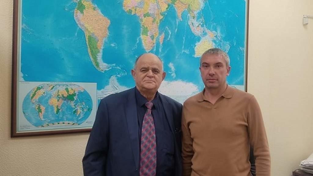 Состоялась встреча Юрия Каплуна с председателем Русской общины Абхазии Романом Рязанцевым