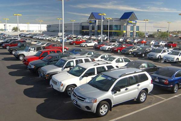SEB: кризис не снизил уровень доступность автомобилей в Литве