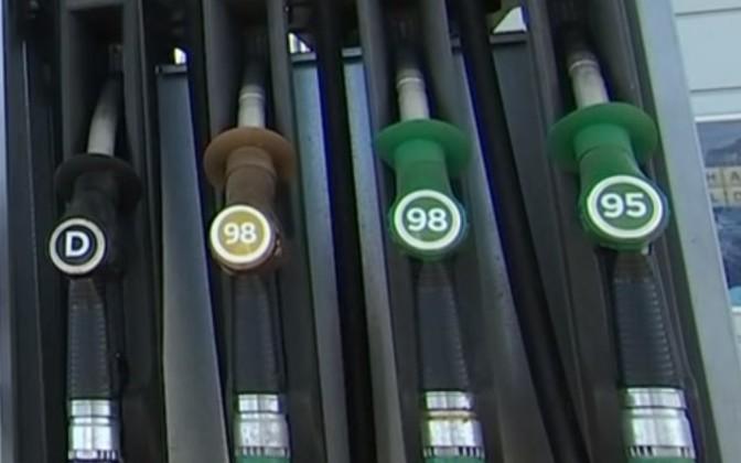 Цены на бензин в Таллинне не изменились, в Риге - выросли, а в Вильнюсе упали