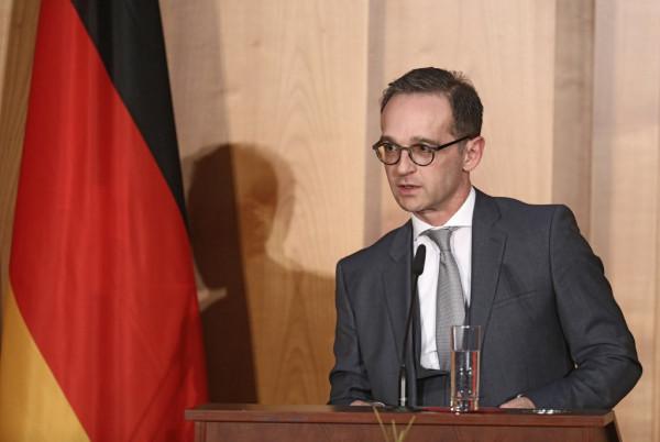 Германия не хочет прекращения диалога с Россией